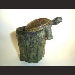 Adán-Vaso con tortuga
